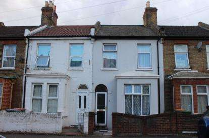 2 Bedrooms Terraced House for sale in Forest Gate, London, England