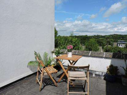 3 Bedrooms Terraced House for sale in Dartington, Totnes