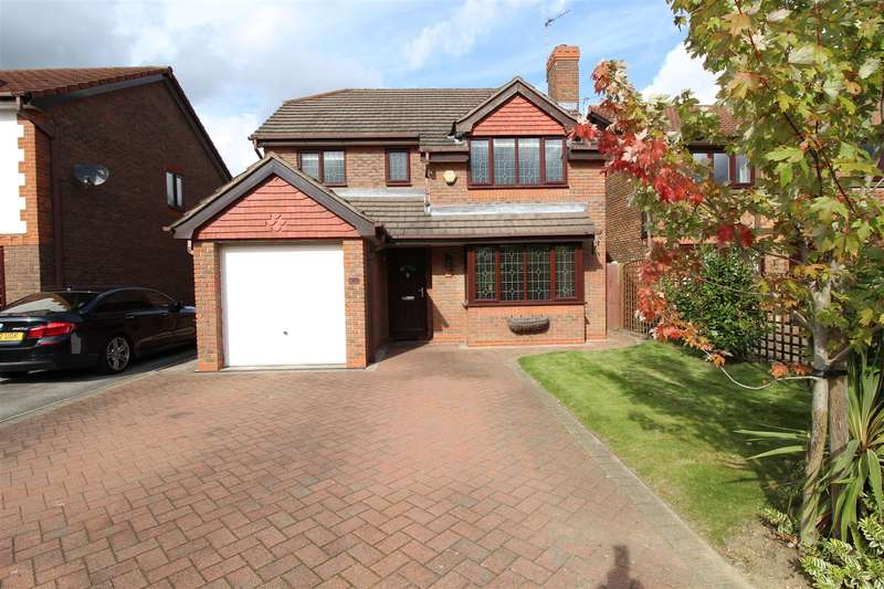 4 Bedrooms Property for sale in Stirling Gardens, Chilwell, Nottingham