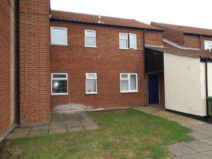 2 Bedrooms Flat for sale in Mundesley, Norwich, Norfolk