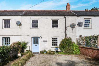 3 Bedrooms Terraced House for sale in Charlestown, St. Austell, Cornwall