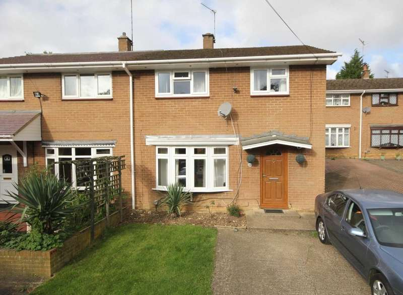 3 Bedrooms Semi Detached House for sale in Cattsdell, Hemel Hempstead