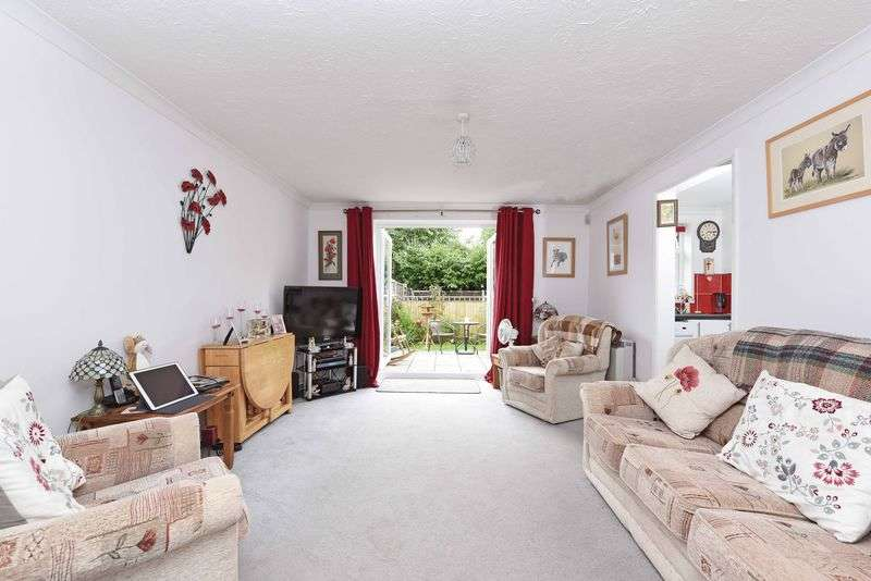 1 Bedroom Flat for sale in Olivers Close, Bramley