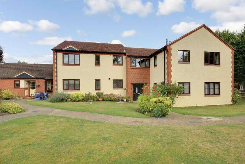 2 Bedrooms Retirement Property for sale in Stratford Court, Farnham, GU9 8PG