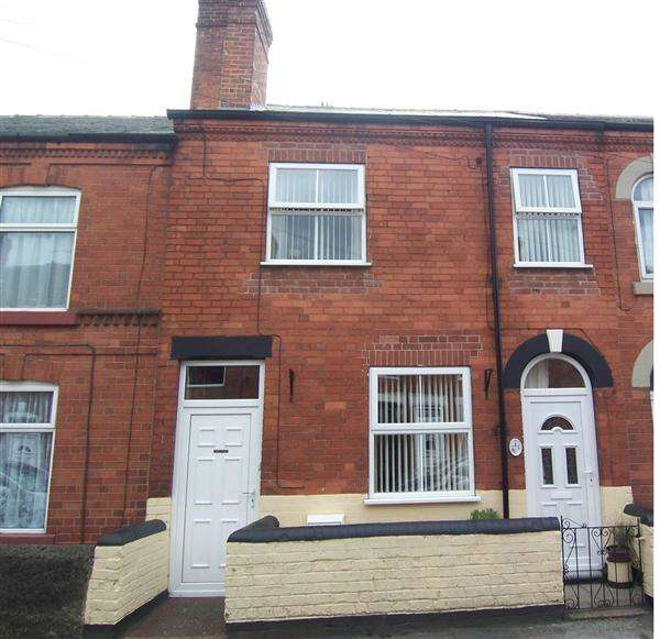 4 Bedrooms Terraced House for sale in Lynncroft, Eastwood