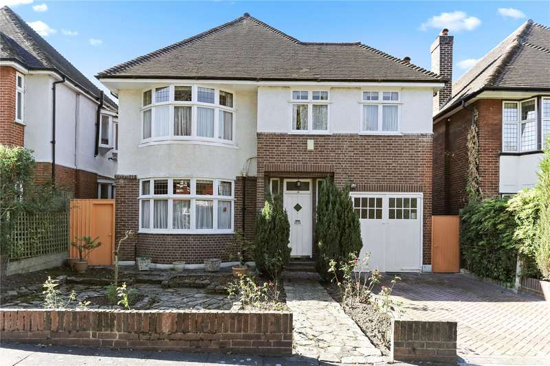 4 Bedrooms Detached House for sale in Kent Avenue, Ealing, W13
