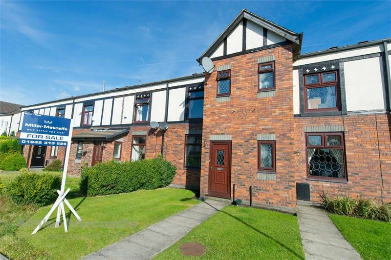 3 Bedrooms Terraced House for sale in Marlbrook Drive, Westhoughton, Bolton, Lancashire