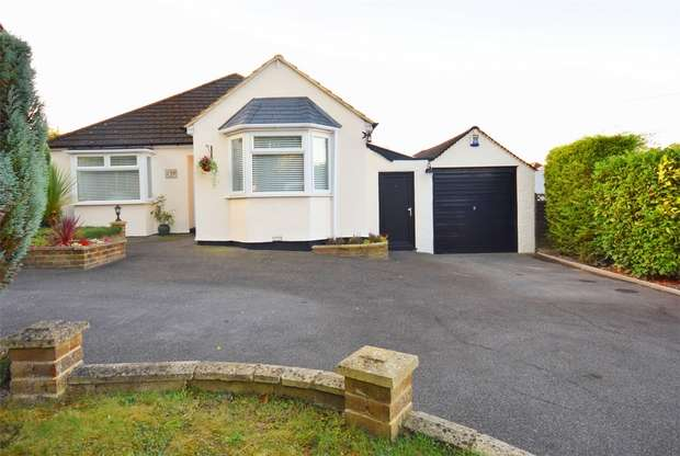 3 Bedrooms Detached Bungalow for sale in 139 West End, KEMSING, Sevenoaks, Kent
