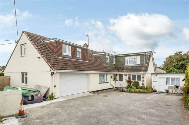 7 Bedrooms Detached House for sale in Penmare Terrace, Hayle, Cornwall