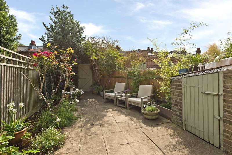 2 Bedrooms Maisonette Flat for sale in Panmuir Road, West Wimbledon, London, SW20