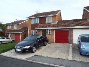 3 Bedrooms Link Detached House for sale in Manor Close, Canterbury, Kent, England