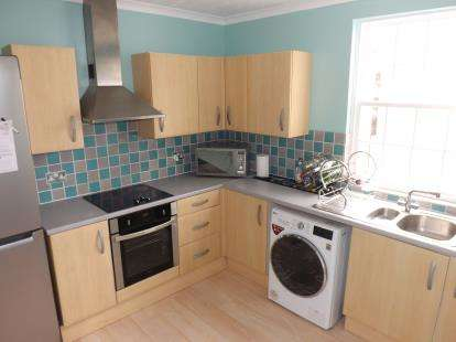 3 Bedrooms Maisonette Flat for sale in The Strand, Exeter, Devon
