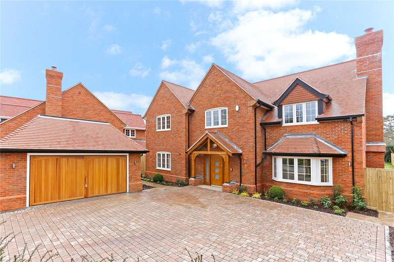 5 Bedrooms Detached House for sale in Green Lane Close, Chesham Bois, Amersham, Buckinghamshire, HP6