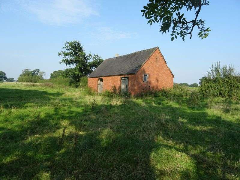 1 Bedroom Property for sale in Riggs Lane, Marston Montgomery