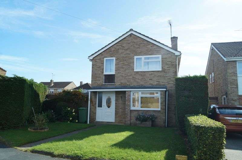 3 Bedrooms Detached House for sale in Insley Gardens, Hucclecote, Gloucester