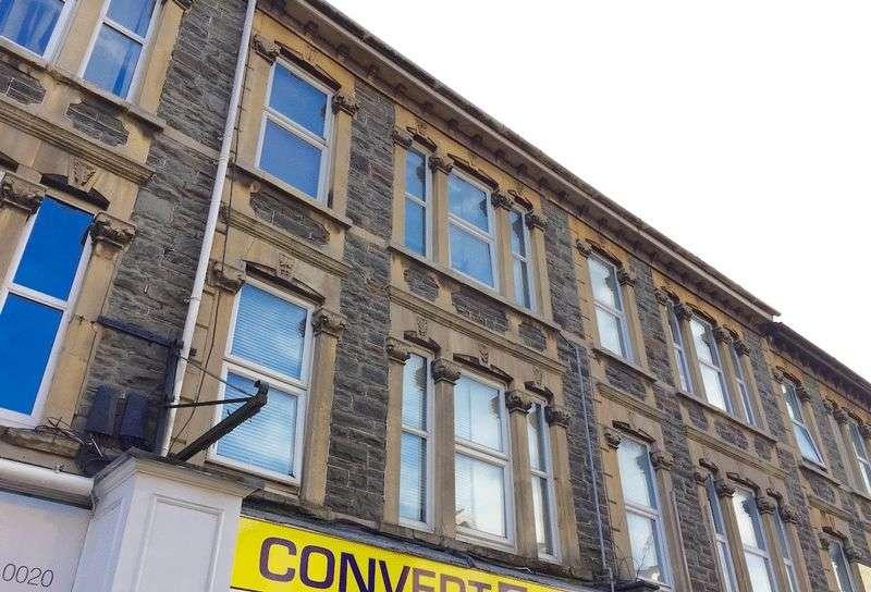 1 Bedroom Flat for sale in Regent Street, Kingswood, Bristol, BS15 8JS