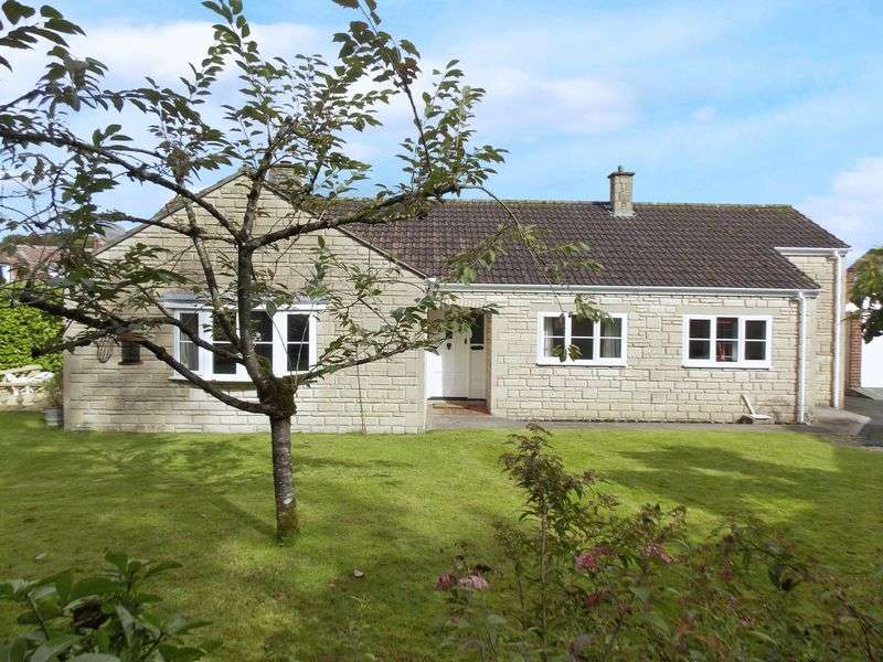 3 Bedrooms Detached Bungalow for sale in High Street, Frome