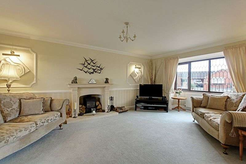 4 Bedrooms Detached House for sale in Danson Close, Barton-Upon-Humber