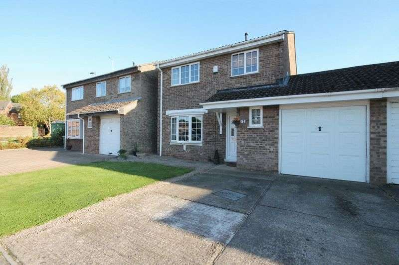 4 Bedrooms House for sale in Oak Close, North Yate