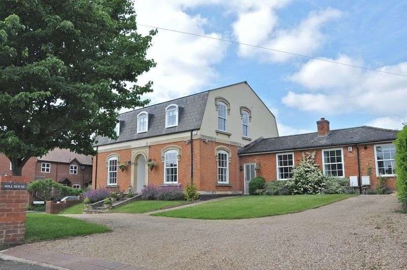 6 Bedrooms Detached House for sale in Mill Lane, Broom, Alcester, B50 4HS