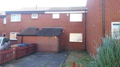 3 Bedrooms Terraced House for sale in Chedworth Crescent, Little Hulton, Manchester, Greater Manchester
