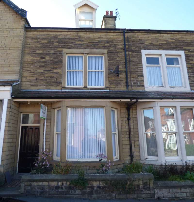 6 Bedrooms Terraced House for sale in Upleatham Street, Saltburn By The Sea