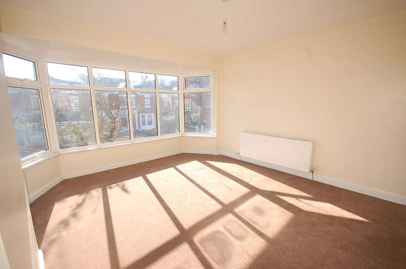 2 Bedrooms Maisonette Flat for sale in Church Street, Blackpool