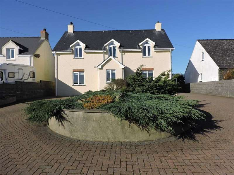4 Bedrooms Property for sale in Abercastle Road, Trefin