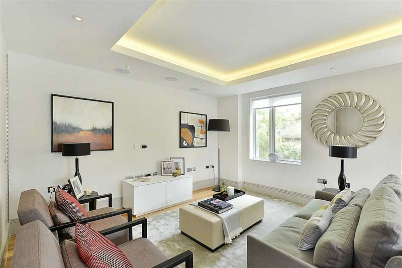 2 Bedrooms Flat for sale in Searle House, London, NW8