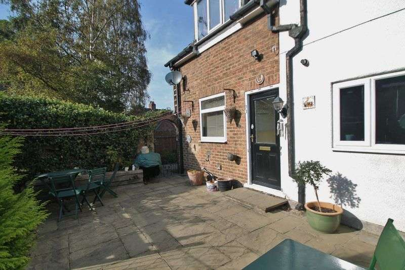 3 Bedrooms Terraced House for sale in High Street, Ormesby
