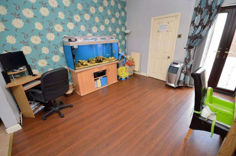 2 Bedrooms Terraced House for sale in Halegate Road, Widnes