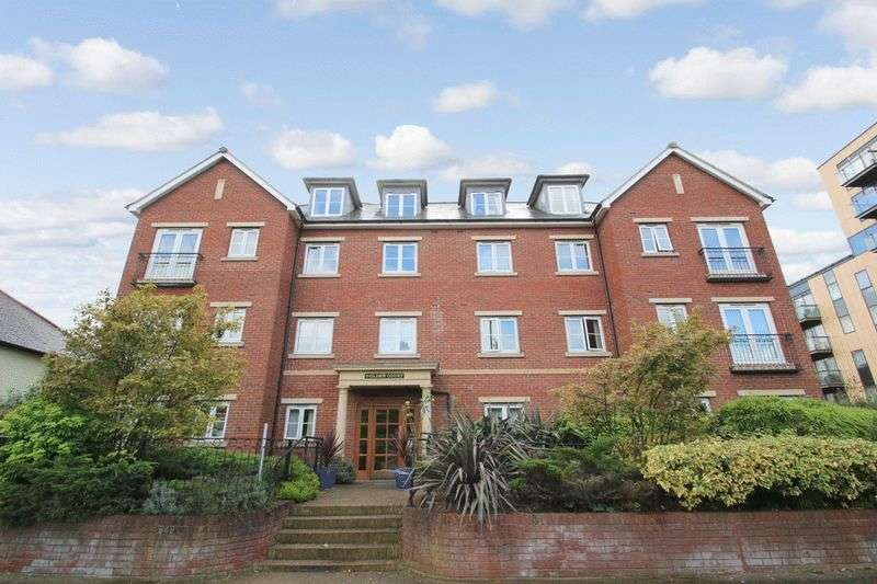 1 Bedroom Retirement Property for sale in Golden Court, Isleworth, TW7 4EQ