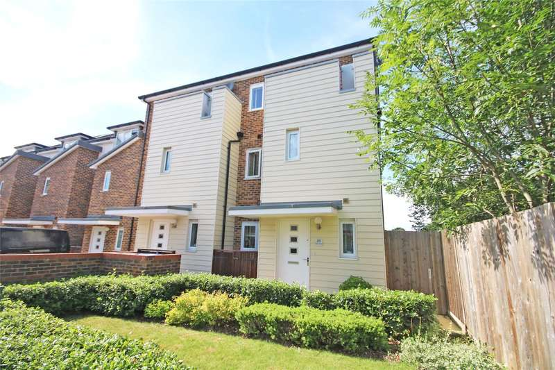 4 Bedrooms End Of Terrace House for sale in Pyle Close, Addlestone, Surrey, KT15