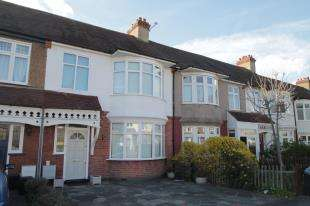 3 Bedrooms Terraced House for sale in The Drive, Beckenham