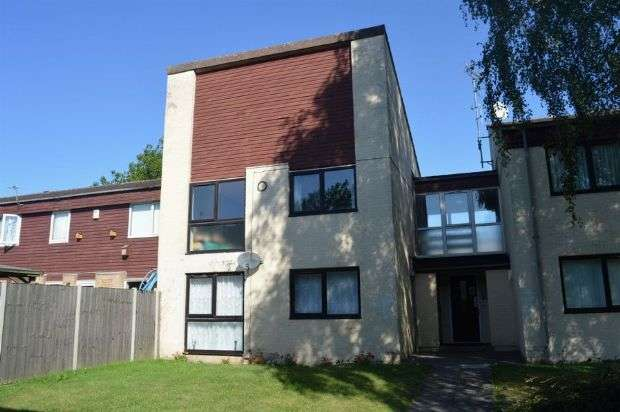 1 Bedroom Flat for sale in Dell Crescent, Goldings, Northampton NN3 8SG