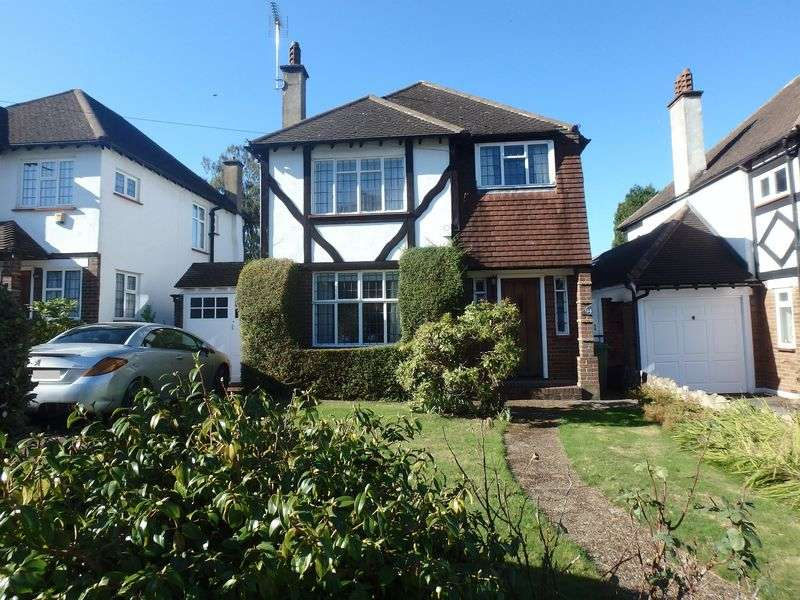 3 Bedrooms Detached House for sale in Pine Hill, Epsom