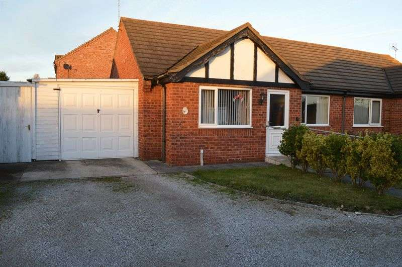 2 Bedrooms Detached Bungalow for sale in Millbeck Drive, Lincoln