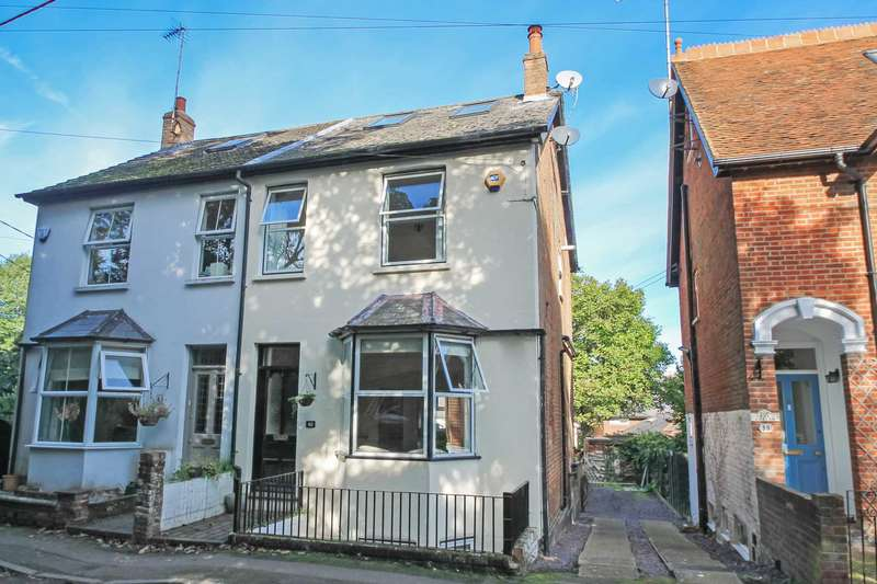 3 Bedrooms Semi Detached House for sale in Park Road, Tring