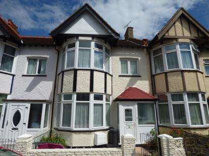 4 Bedrooms Terraced House for sale in Westcliff-On-Sea, Essex