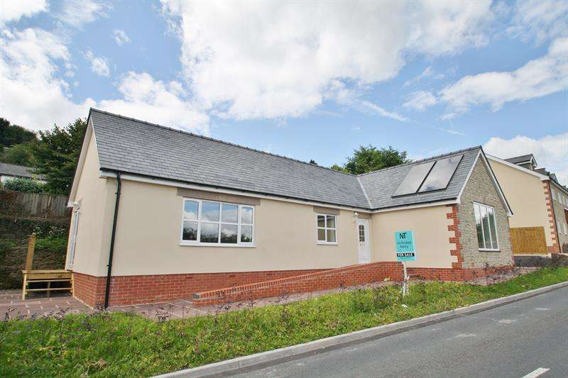 2 Bedrooms Detached Bungalow for sale in Morse Road, Drybrook