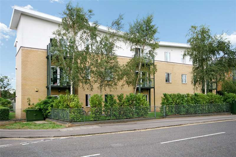 1 Bedroom Apartment Flat for sale in Navigation House, Byron Road, Addlestone, Surrey, KT15