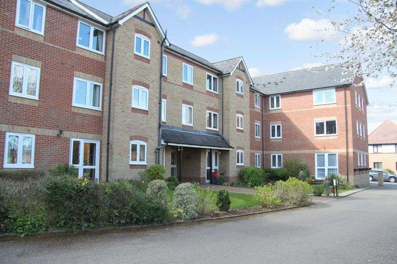 2 Bedrooms Retirement Property for sale in Custerson Court, Saffron Walden, CB11 3HF