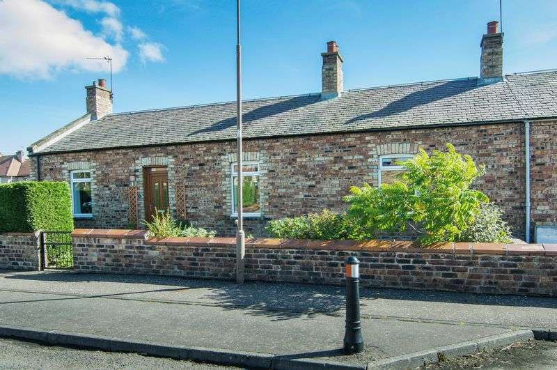 2 Bedrooms Terraced House for sale in 37 Lothian Street, Rosewell, Midlothian, EH24 9BT