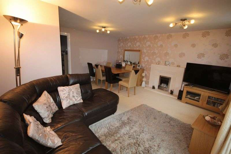 4 Bedrooms Terraced House for sale in Laddon Mead, Brimsham Park