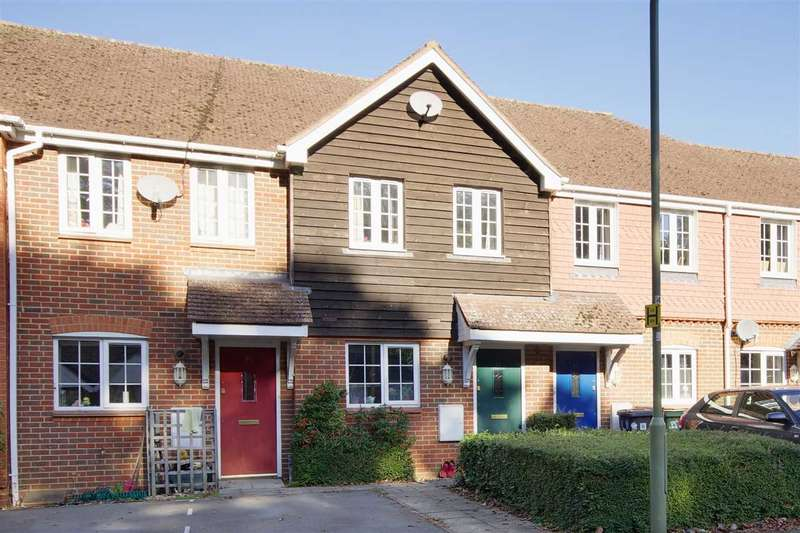 2 Bedrooms Terraced House for sale in Burgage Field, Whitchurch