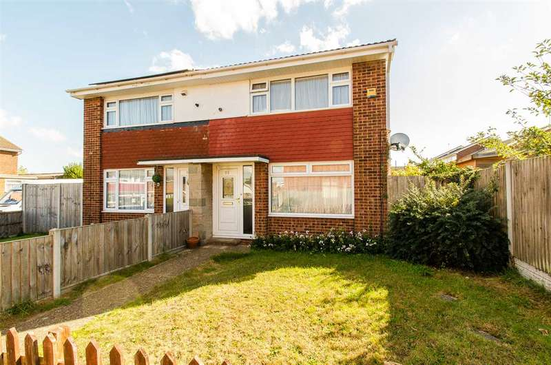 2 Bedrooms Semi Detached House for sale in Salisbury Close, Sittingbourne