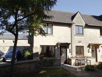 1 Bedroom Flat for sale in Cavendish House, Chantry Court, Tetbury, Gloucestershire