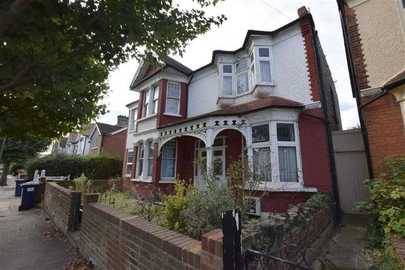5 Bedrooms Property for sale in Bow Lane, North Finchley, London, N12