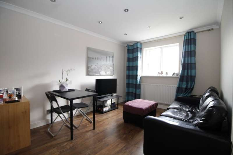 1 Bedroom Flat for sale in Manor Road, London, E15