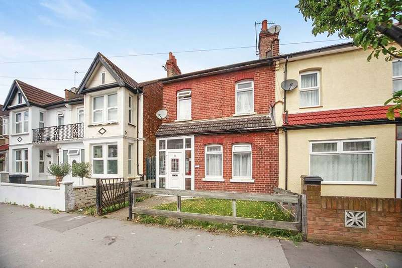 3 Bedrooms Semi Detached House for sale in Totton Road, Thornton Heath, CR7